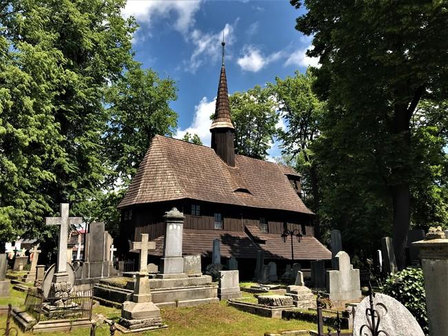 Hřbitovní kostelík Panny Marie